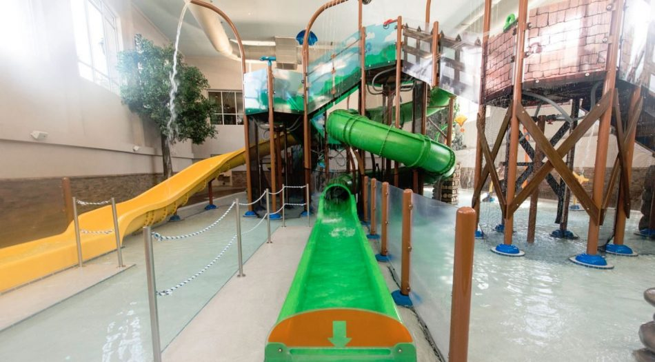 Holiday Inn Smoky Mountain Resort Interactive Water Feature Slide