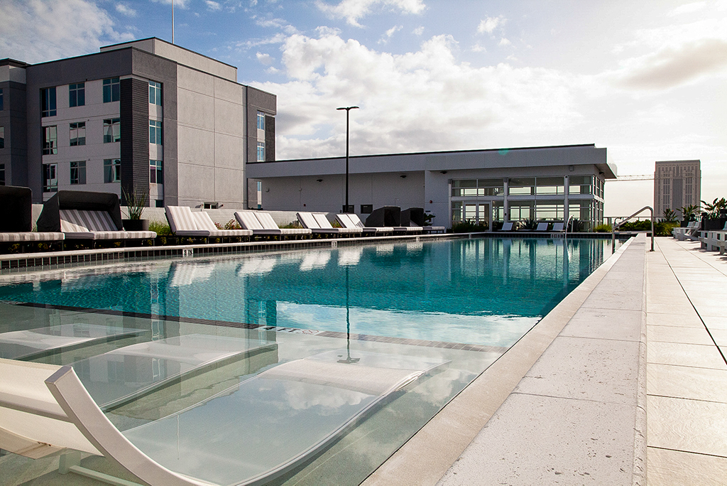 The Julian Orlando apartment complex offers residents a rooftop pool