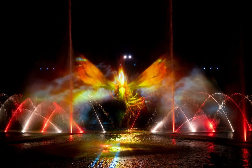Giant phoenix on video projection screen during Vinwonders Once Fountain show
